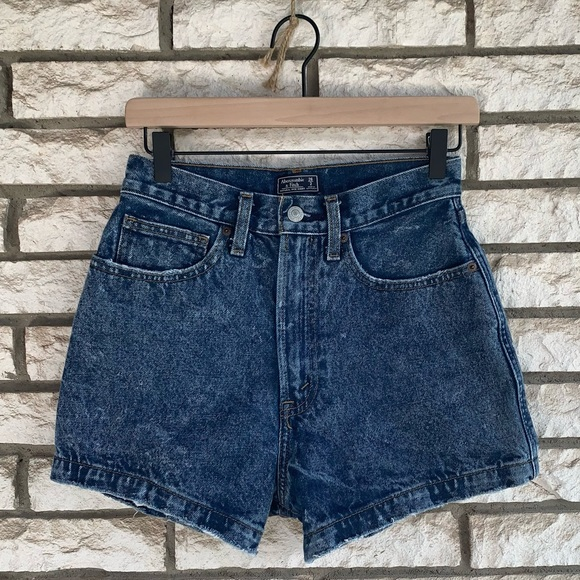 Abercrombie & Fitch Pants - A&F natural rise shorts